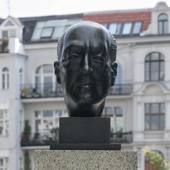 Büste von Ludwig Mies van der Rohe - Straße der Erinnerungen