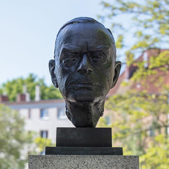 Büste von Thomas Mann - Straße der Erinnerungen